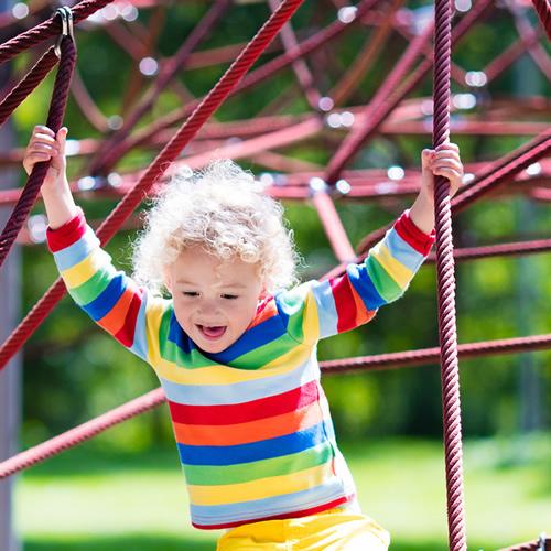 Mantenimiento de instalaciones infantiles y deportivas